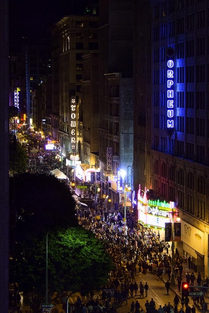 Caldwell-Night-on-Broadway-1-683x1024.jpg